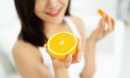 Nghiên cứu mới: Ăn cam thường xuyên giúp giảm nguy cơ mù lòa
