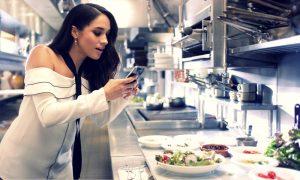 """Thực đơn ăn uống của Meghan Markle từ """"ngày xửa ngày xưa"""" đã lý giải vẻ đẹp đầy sức sống của tân công nương"""