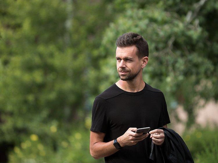 """CEOTwitter: """"Đi bộ mỗi ngày là sự đầu tư có giá trị nhất cho thành công"""""""