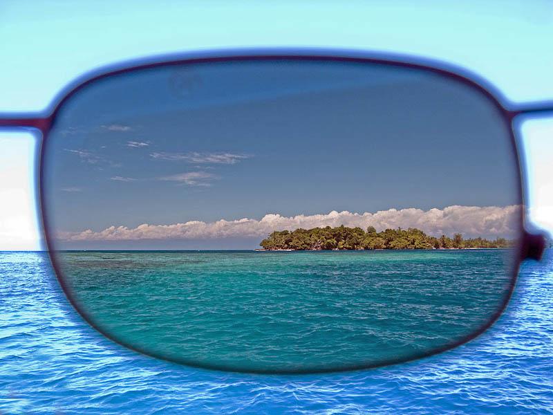 Kính mát có phân cực (polarized) sẽ làm giảm lóa hiệu quả hơn các loại kính mát thông thường.
