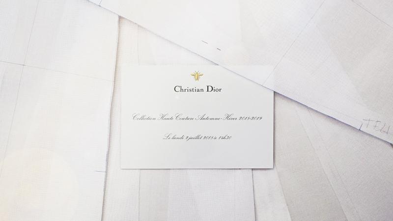 Giấy mời dự show diễn BST Haute Couture Thu Đông 2018 của Dior