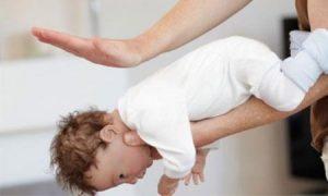 Cứu trẻ bị hóc dị vật: Chỉ có 4 phút vàng ngọc!