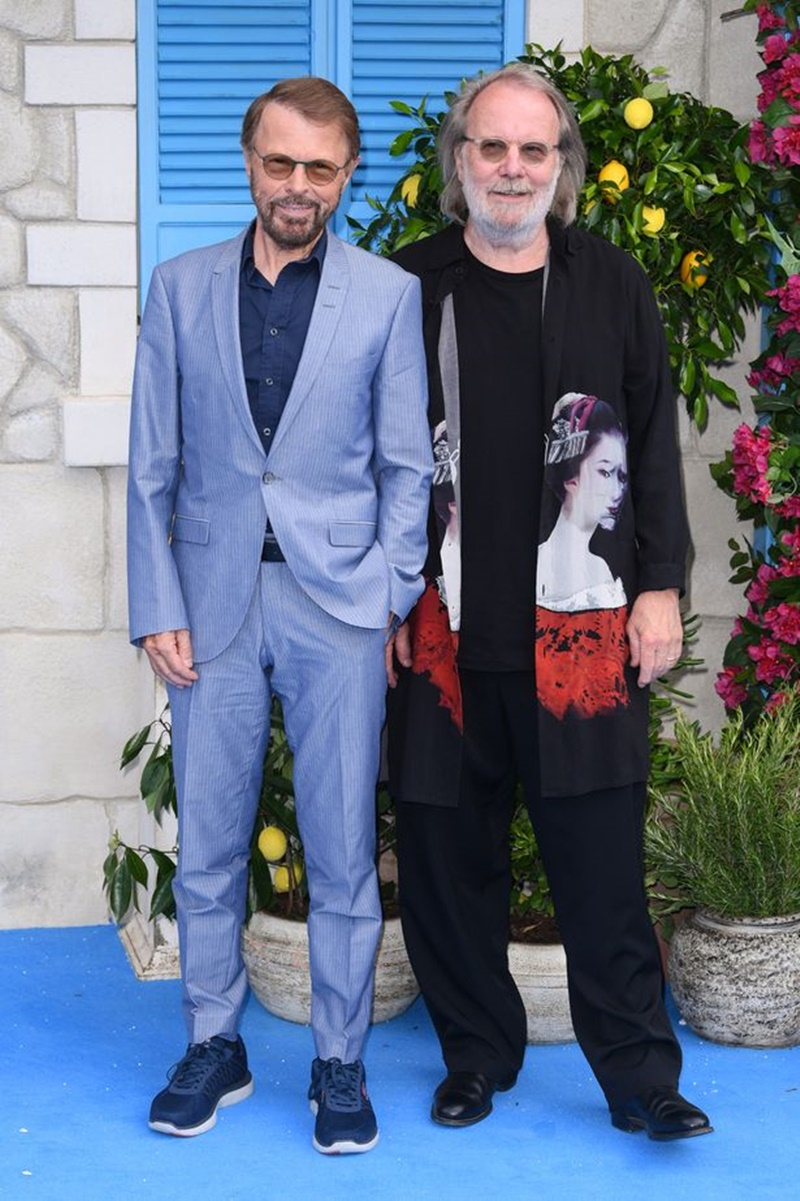 Bjorn Ulvaeus (trái) và Benny Andersson - những thành viên của ABBA - cũng có mặt tại sự kiện.
