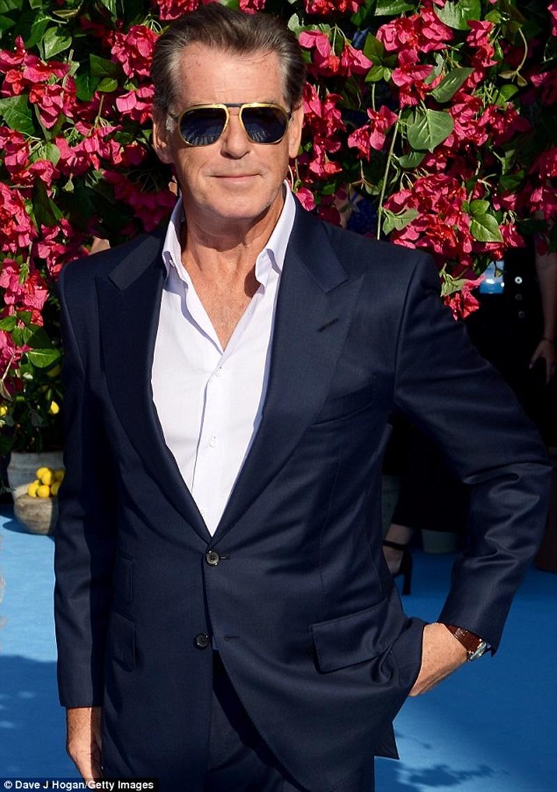 Vẻ bảnh bao của điệp viên 007 năm nào vẫn còn nguyên vẹn.