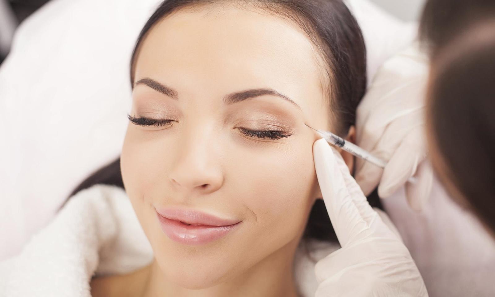 Đây là 4 phương pháp trị vết chân chim quanh mắt hiệu quả nhất