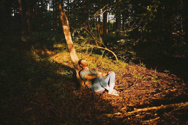 Không cần phải vận động gì hết, bạn chỉ cần thư giãn, hít thở và cảm nhận thiên nhiên xung quanh.