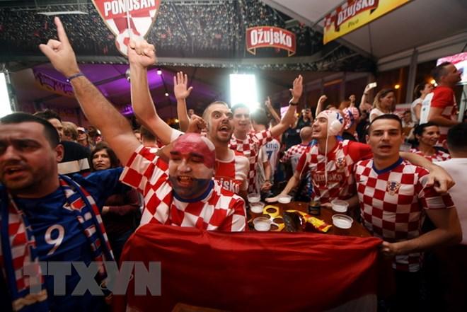 Đất nước Croatia tưng bừng mở hội sau chiến thắng thần kỳ