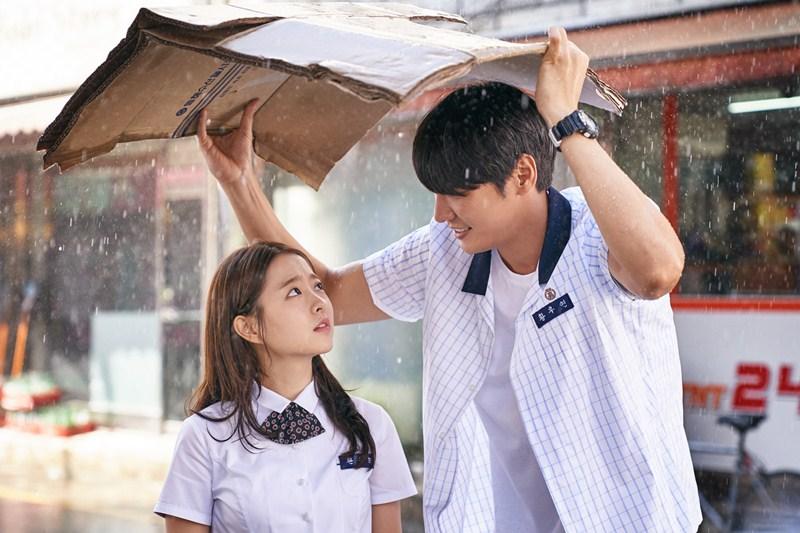 Tạo hình nhân vật Seung Hee (Park Bo Young) và Woo Yeon (Kim Young Kwang)