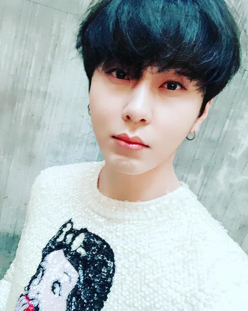 20182708_bts_idol_dung_hang_hoang_ky_duong_mich_deponline_05a