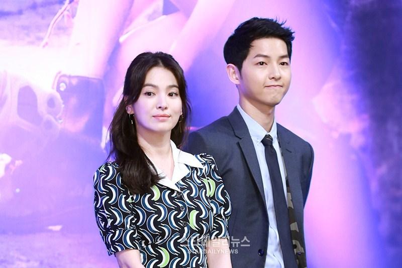 """Trước """"Hậu duệ mặt trời"""", Song Hye-kyo cũng bị cho là khá già so với bạn diễn kém 4 tuổi Song Joong-ki."""