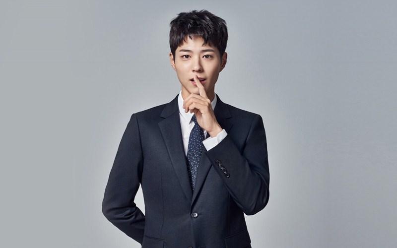 Park Bo-gum được người xem yêu thích nhờ diễn xuất tự nhiên và ngoại hình tươi sáng, trẻ trung.