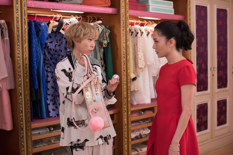 """Cô bạn thân Peik Lin luôn diện đồ vô cùng sành điệu và """"chất""""."""