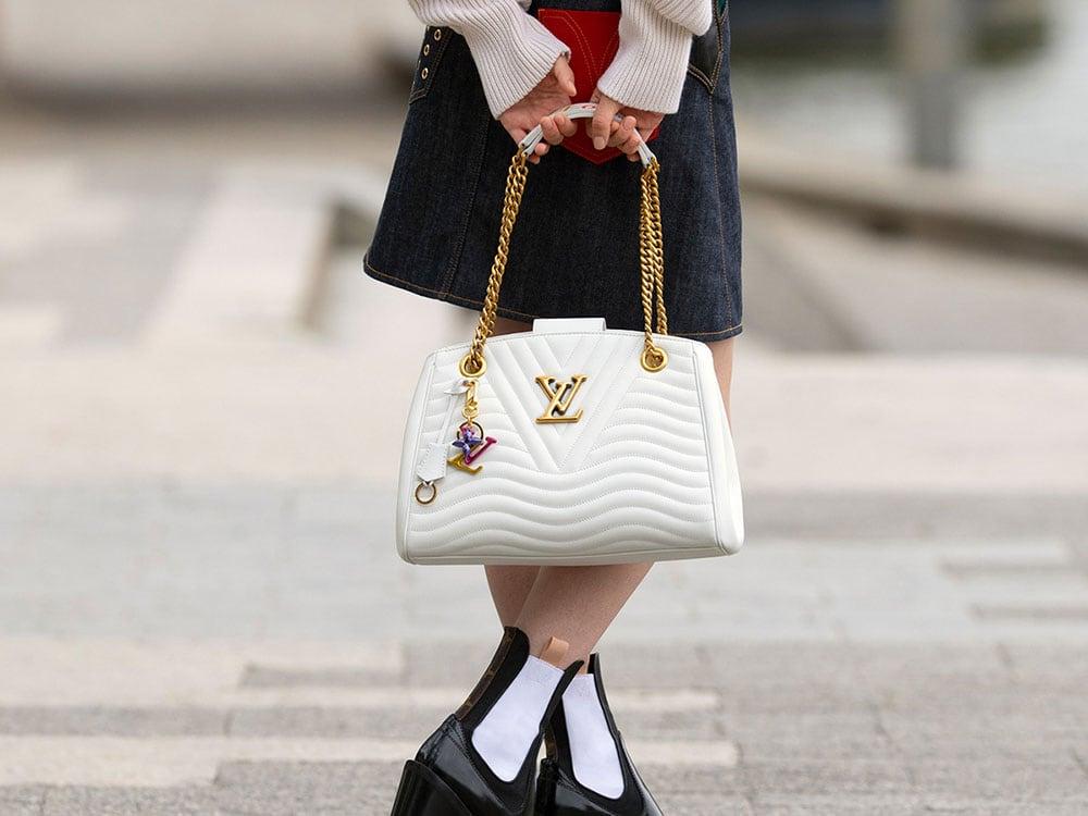 Bất kỳ ai cũng có thể lựa chọn cho mình được chiếc túi xách New Wave phù hợp.