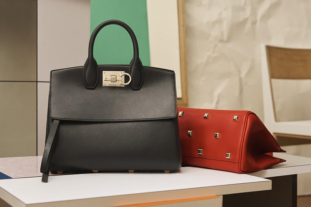 Túi Studio Bag của Salvatore Ferragamo là thiết kế túi mới được ra mắt, thu hút bởi khoang chứa rộng rãi, thiết kế sang trọng.