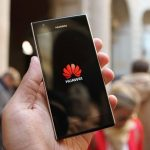Đảng Dân chủ Mỹ cấm sử dụng điện thoại của Huawei, ZTE trong tranh cử