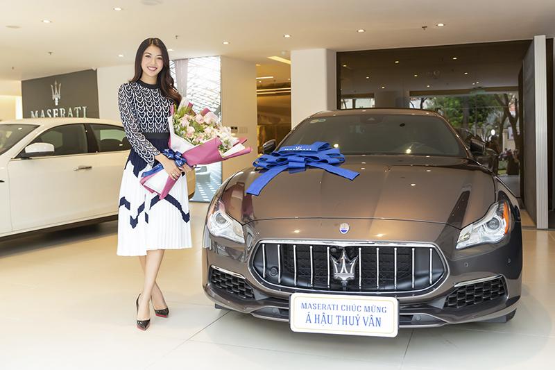 Á hậu Thúy Vân tậu xế sang Maserati có nội thất lụa Zegna gần 8 tỷ đồng
