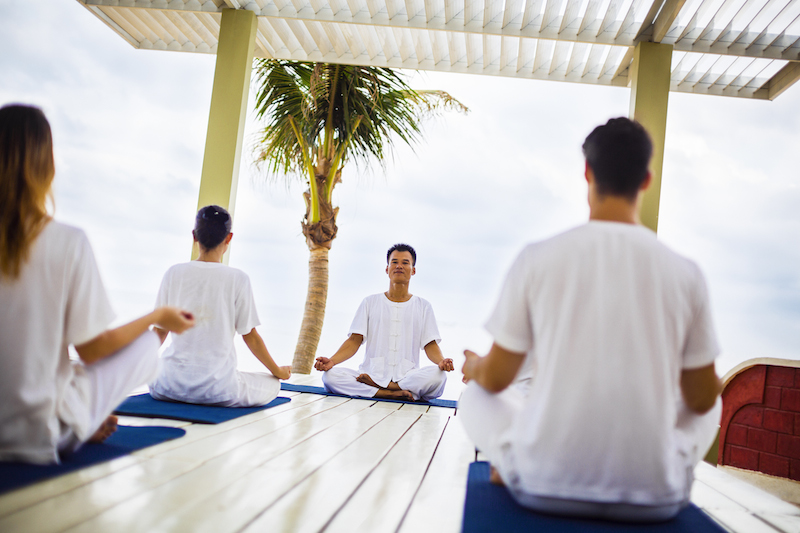 18-yoga-by-the-beach-la-veranda-resort-phu-quoc-5093-copy