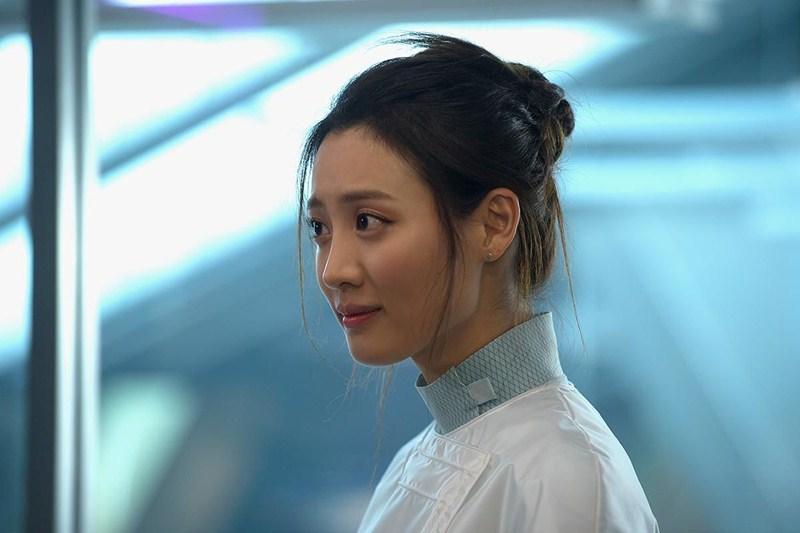 """Claudia toát lên sự tri thức, nhẹ nhàng khi xuất hiện trong """"Avengers: Age of Ultron""""."""