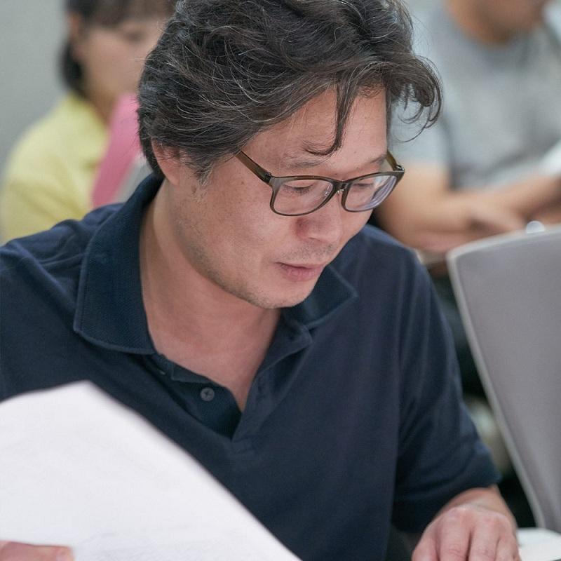 """Lần này, Ji Soo sẽ đóng cặp với nam diễn viên Yoo Jae Myung, người từng đồng hành cùng anh trong """"Strong Woman Do Bong Soon""""."""