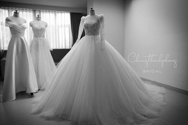 Cận cảnh bộ váy cưới thứ 3 của Nhã Phương