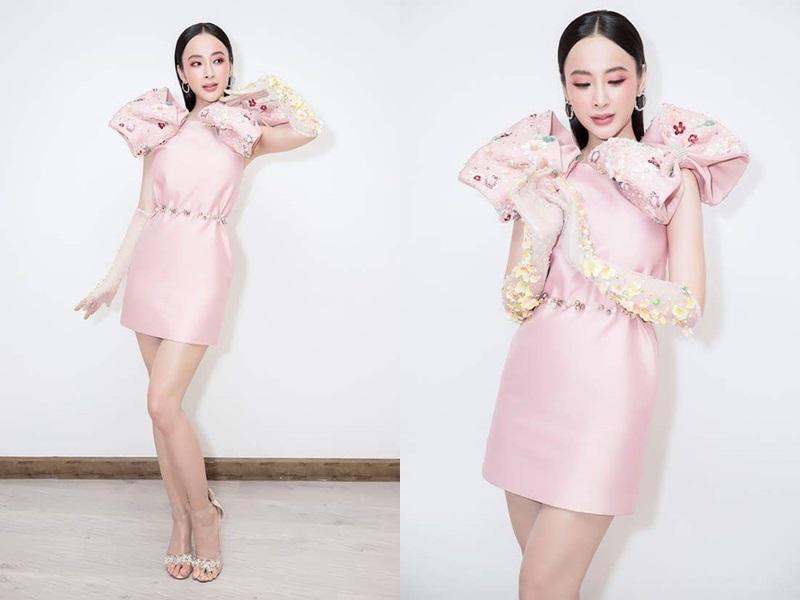 Angela Phương Trinh cũng khá chăm chỉ diện mốt găng tay lên thảm đỏ, với nhiều màu sắc khác nhau.