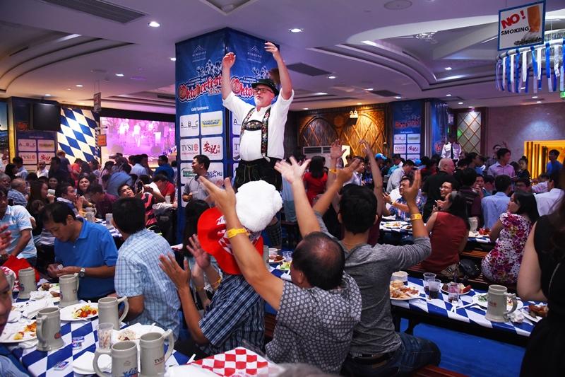 Oktoberfest Việt Nam đã từng được hãng thông tấn Reuters công nhận trong Top 10 lễ hội Oktoberfest hàng đầu thế giới bên ngoài nước Đức, cũng như được giới thiệu trên tờ Chicago Tribune danh tiếng.
