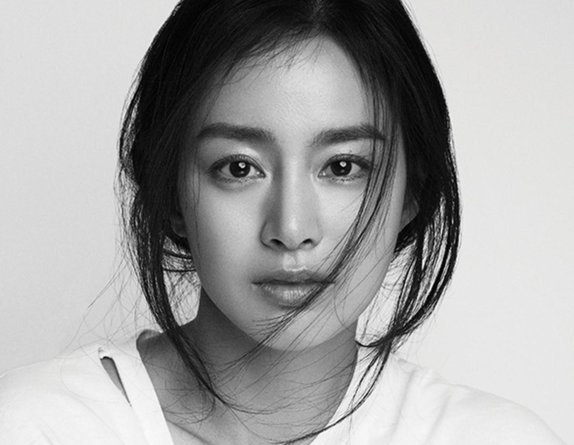 """Trở lại sau khi sinh con, Kim Tae Hee không muốn làm """"Nữ thần Hàn Quốc"""""""