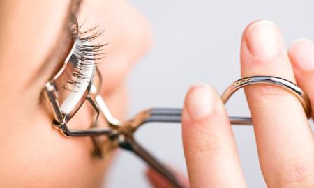 5 dụng cụ bấm mi hoàn hảo nhất cho dáng mắt châu Á