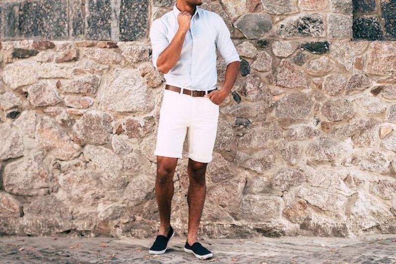 """Cẩm nang phối đồ với shorts chino – loại quần """"đa năng"""" nhất trong tủ quần áo đàn ông"""