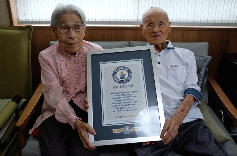 Hơn 80 năm bên nhau, cặp vợ chồng sống thọ nhất thế giới chia sẻ bí quyết của mối quan hệ vững bền