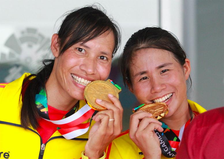 doi-rowing-nu-viet-nam-oa-khoc-khi-doat-hc-vang-dau-tien-o-asiad-hinh-anh915350222351121631666