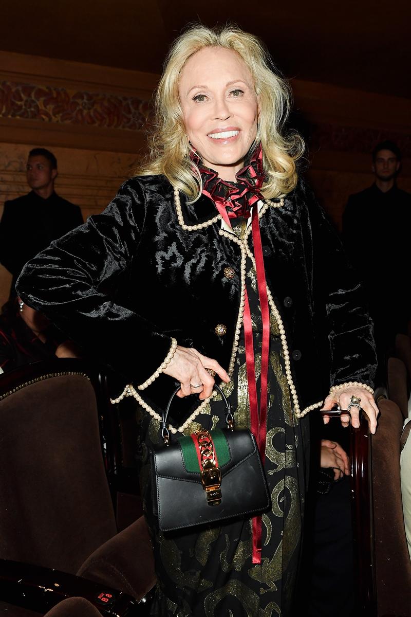Huyền thoại Faye Dunaway - gương mặt của chiến dịch quảng cáo túi xách Sylvie của Gucci - cũng có mặt tại sự kiện lần này.