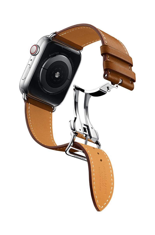Phiên bản Apple Watch Hermès Series 4 khóa bấm một gấp cổ điển với một kích thước 44mm và hai lựa chọn da Fauve Barenia và Ébène Barenia. Phiên bản này có mức giá đắt nhất 1.499 đô la (khoảng 39 triệu đồng)
