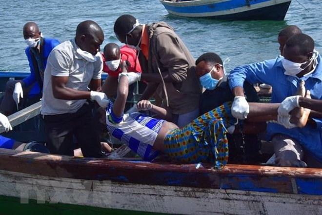 Vụ lật phà ở Tanzania: Số người thiệt mạng lên tới hơn 200 người