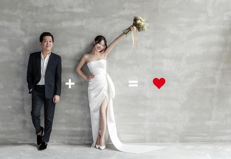 Trường Giang và Nhã Phương càng khiến người hâm mộ háo hức khi tung ra bộ ảnh cưới đẹp lung linh.