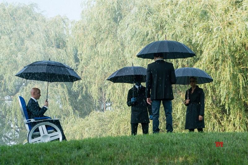 Nhóm X-men sẽ đối đầu với cuộc chiến thảm khốc này ra sao, khi từng người một đã chứng kiến cái chết của người đồng đội.