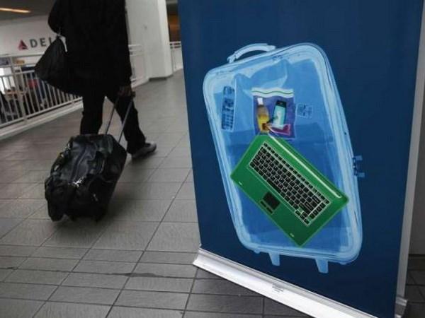 Cục Hàng không siết chặt quy định sử dụng điện thoại trên máy bay