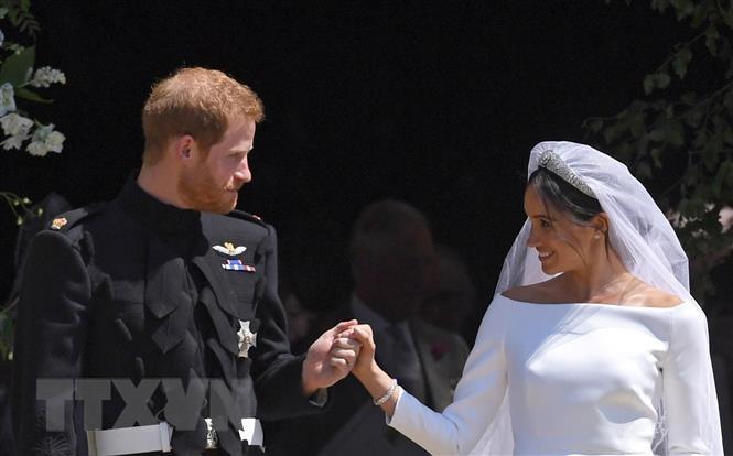 Hoàng tử Harry và Công nương Meghan đón con đầu lòng vào đầu 2019