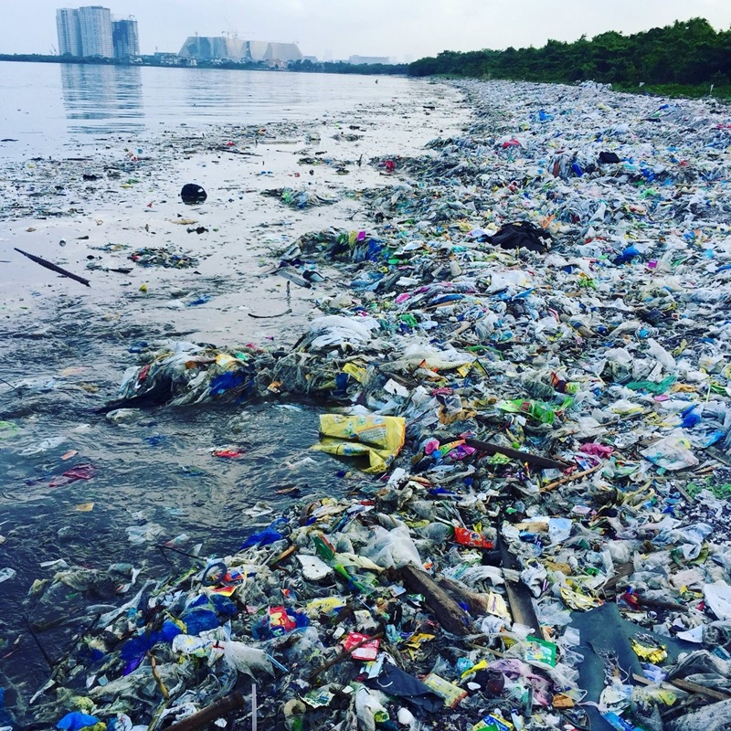 Hiện trạng ô nhiễm đại dương bởi rác thải nhựa ngày càng nghiêm trọng.