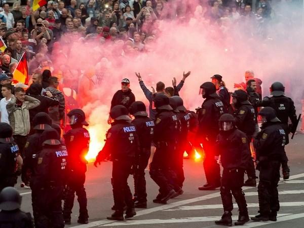 Đức bắt giữ nhiều nghi can khủng bố ở thành phố Chemnitz