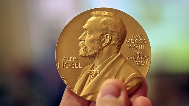 Nobel Y học năm 2018: Nghiên cứu đột phá liệu pháp trị ung thư
