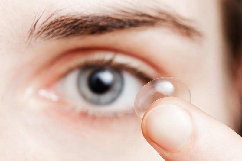contact-lens-blue-eye