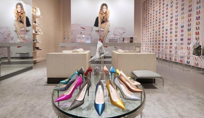 Bên trong cửa hàng giày cao gót của Sarah Jessica Parker