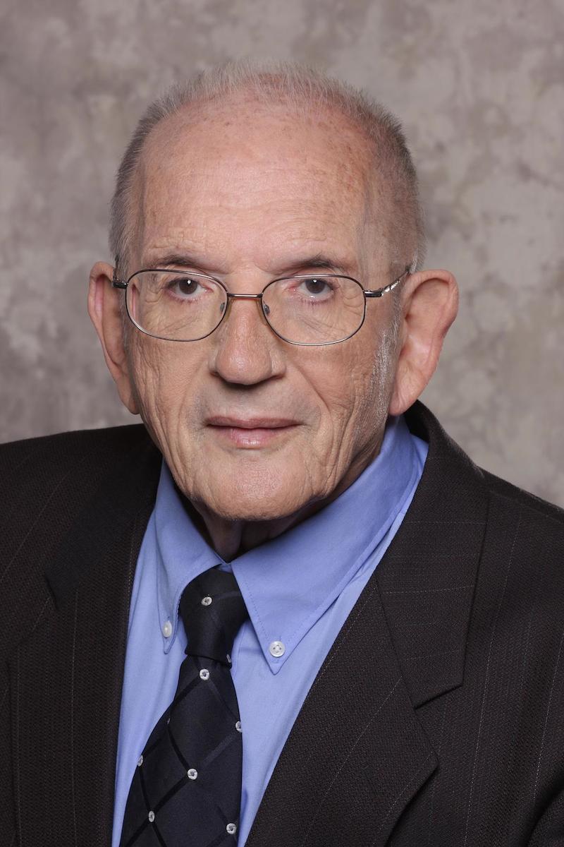 Bác sĩ Murray Grossan.