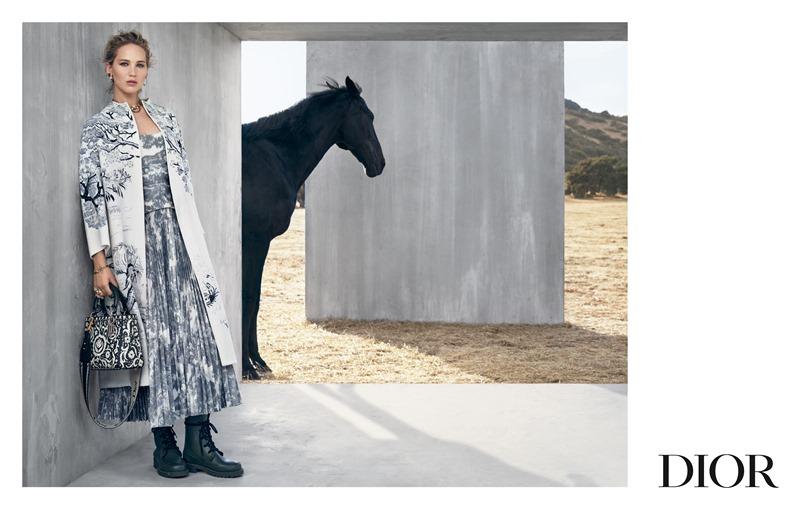 Jennifer Lawrence là gương mặt chính trong chiến dịch quảng cáo BST Cruise 2019 của Dior.
