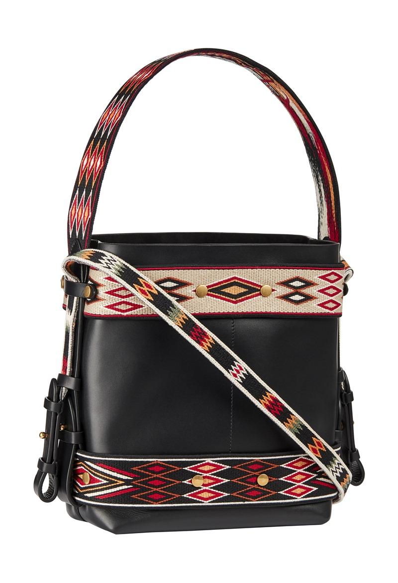 Thiết kế túi xách mới của Dior với những họa tiết mang cảm hứng từ trang phục của những cô nàng mang đầm xòe cưỡi ngựa từ Mexico.