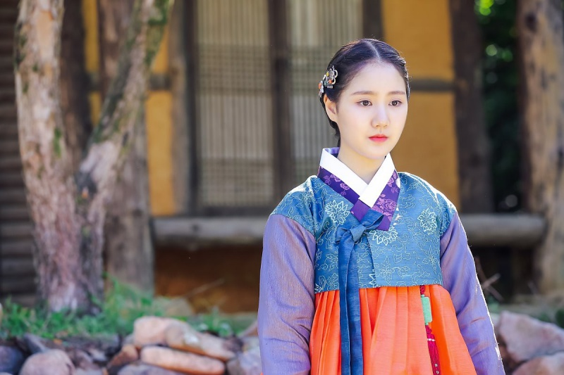 jin-ji-hee-4
