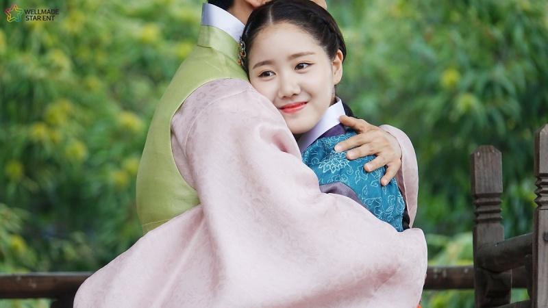 jin-ji-hee-9