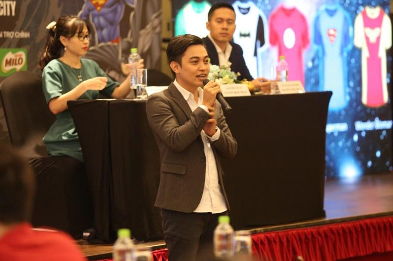 Ông Nguyễn Bình Trung - Giám đốc dự án Justice League Night Run 2018 chia sẻ tại họp báo.