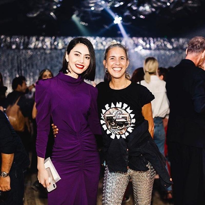 Ngoài ra, người đẹp xứ chùa vàng cũng là khách mời V.I.P khi tham gia show thời trang của L'Oreal x Isabel Marant.